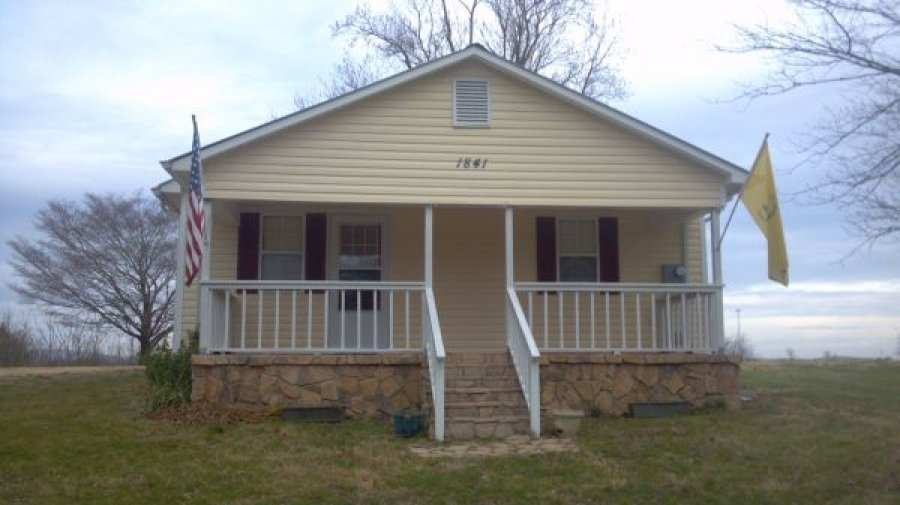 825 2br 1092ft Furnished House For Rent Dayton Tennessee