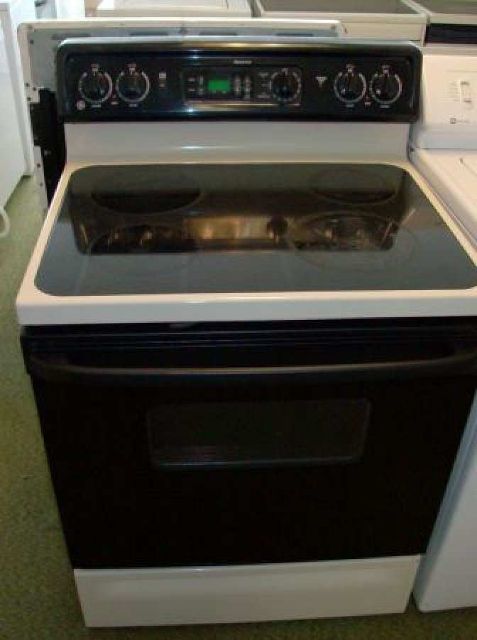 G E Electric Stove With Gl Top Northern Michigan Adds