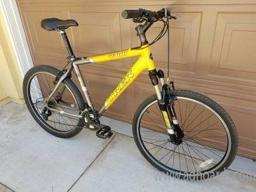 Trek 4300 Mountain Bike Bicycle Large Size Frame Mtb 26