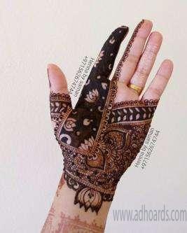 Henna Designer Henna Painter Henna Artist Abu Dhabi Adhoards